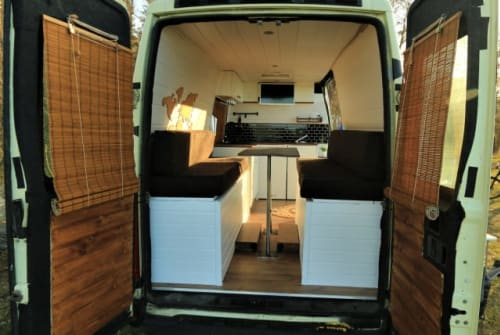 Hire a motorhome in Hendungen from private owners| Iveco Daily Bluna