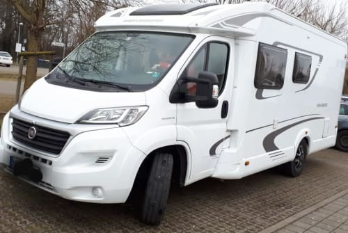 Hire a motorhome in Ohorn from private owners| Fiat, Weinsberg Roli