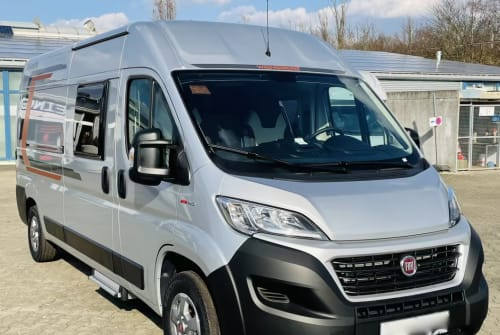 Hire a motorhome in Braunschweig from private owners  Weinsberg Weinsb. Martha