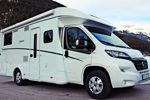 Hire a motorhome in Füssen from private owners| Dethleffs Herbie