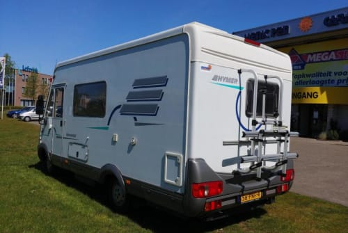 Hire a motorhome in Albergen from private owners| Hymer Humpie