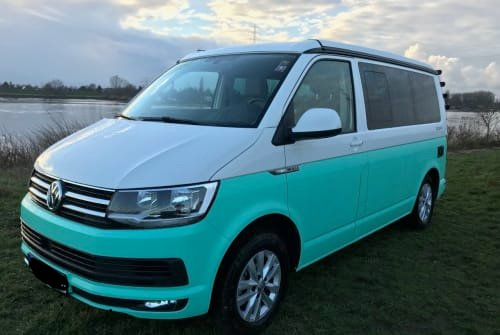 Hire a motorhome in Leinefelde-Worbis from private owners| VW Tim Tonic