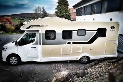 Hire a motorhome in Sinntal from private owners  Ahorn Camp Horni