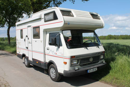 Hire a motorhome in Bielefeld from private owners| Volkswagen  Björn