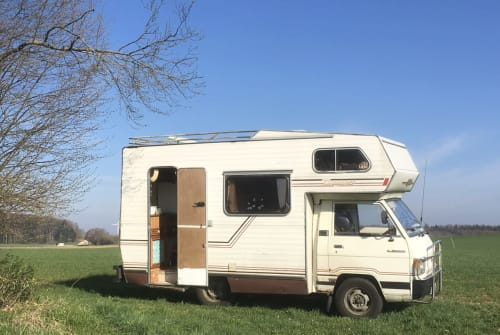 Hire a motorhome in Berlin from private owners  Mitsubishi  Kock n Roll