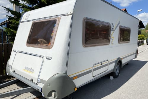 Hire a motorhome in Rosenheim from private owners| Knaus  BennyAdlerhorst
