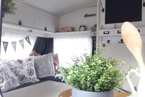 Hire a motorhome in Lüdersdorf from private owners  Dethleffs Landliebe