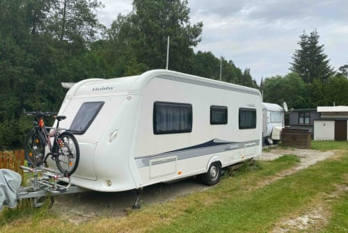Hire a motorhome in Burgebrach from private owners| Hobby Volkmar Schmal