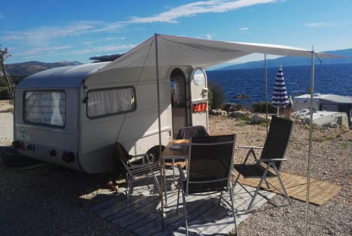 Hire a motorhome in Berlin from private owners| Qek Qek