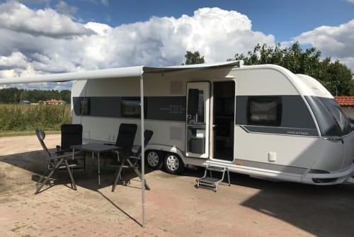 Hire a motorhome in Berlin from private owners| Hobby  Hobby 720 KFU