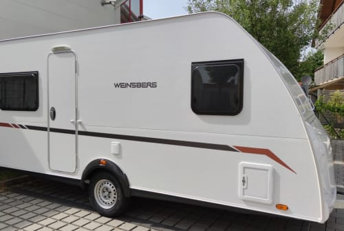 Hire a motorhome in Erding from private owners| Weinsberg Wally