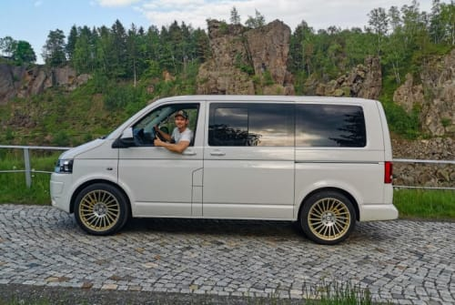 Hire a motorhome in Erding from private owners| VW Bergfex
