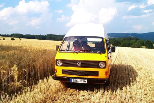 Hire a motorhome in Erlangen from private owners| VW Konstantin
