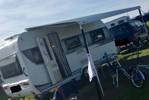 Hire a motorhome in Plochingen from private owners| Hobby Easy Ontour