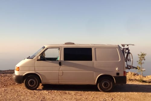 Hire a motorhome in Berlin from private owners  Volkswagen Fu (+Heizung :)