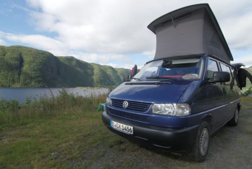 Hire a motorhome in Berlin from private owners| VW Walter