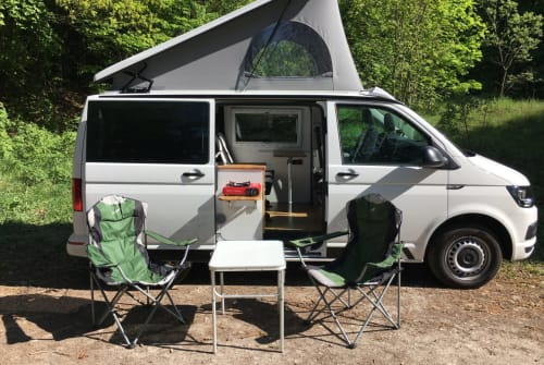 Hire a motorhome in Nentershausen from private owners| Volkswagen Easy Camper