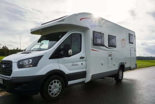 Hire a motorhome in Esslingen am Neckar from private owners| Ford RollerTeam