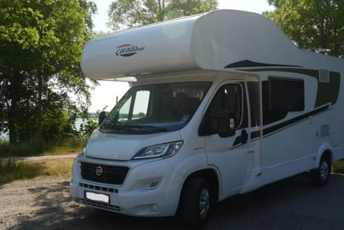 """Hire a motorhome in Hohenhorn from private owners