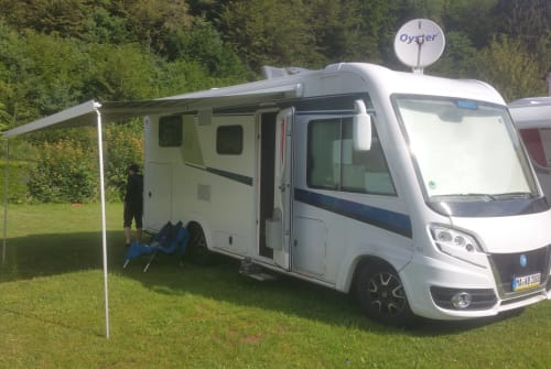 Hire a motorhome in Mannheim from private owners| Knaus  Harald