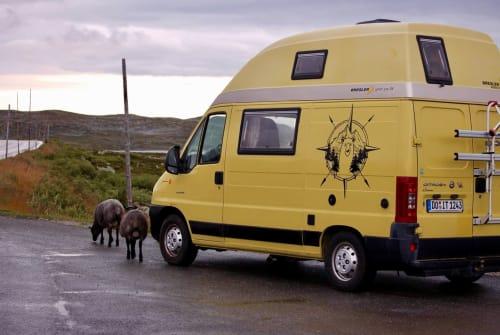 Hire a motorhome in Drolshagen from private owners| Citroen Jumper Campbär