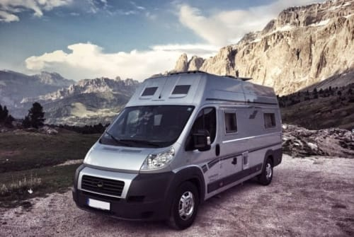 Hire a motorhome in Niederkrüchten from private owners| FIAT Dexter