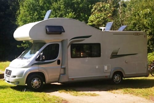 Hire a motorhome in Nerja from private owners| Fiat CamperGreen