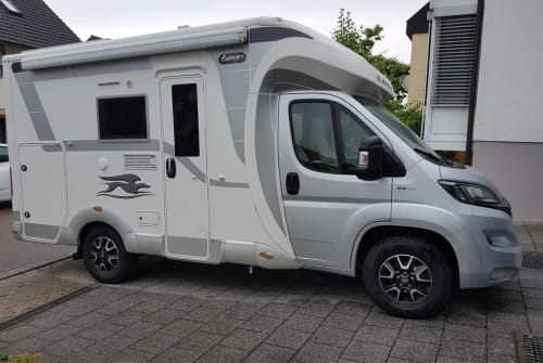 Hire a motorhome in Weingarten (Baden) from private owners| Fiat Tildi