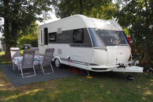 Hire a motorhome in Schwentinental from private owners| Hobby tom Kyle