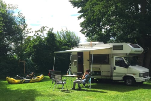 Hire a motorhome in Berlin from private owners| Fiat LittleHome