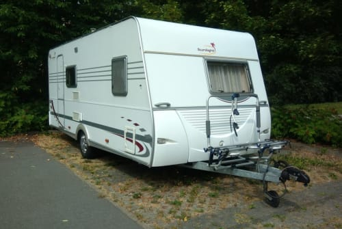 Hire a motorhome in Wilsdruff from private owners| Sunlight Sunlight