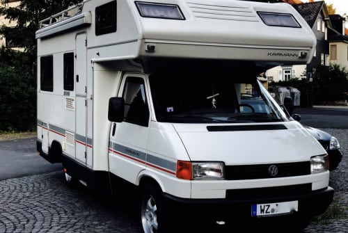 Hire a motorhome in Wetzlar from private owners| VW T4 Karmann  Seestern