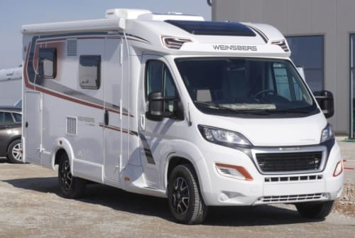 Hire a motorhome in Erkelenz from private owners| Weinsberg Peppi
