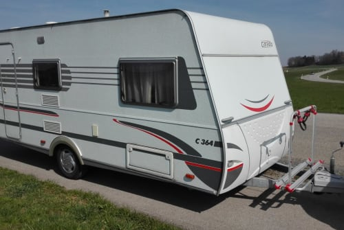 Hire a motorhome in Schonstett from private owners| Carado  Urlaubslust