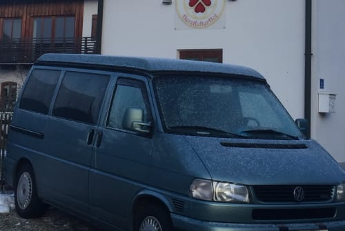 Hire a motorhome in Dietramszell from private owners  Volkswagen MM2115