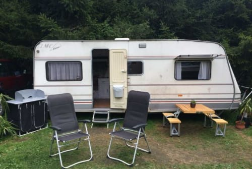 Hire a motorhome in Dieburg from private owners| LMC Beachhouse