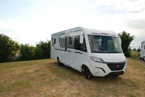 Hire a motorhome in Marienheide from private owners| Pilote Pilote G 740 C