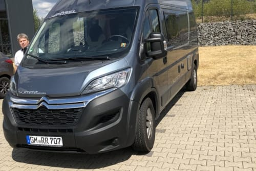 Hire a motorhome in Wiehl from private owners| PÖSSL LaPalmPössl(1)