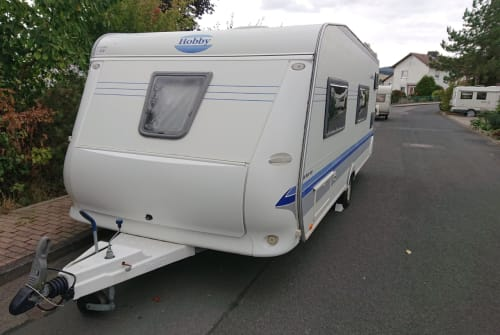 Hire a motorhome in Schauenburg from private owners| HOBBY  White Castle