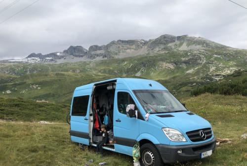 Hire a motorhome in Berlin from private owners| Mercedes VanBlue f 5 Pax