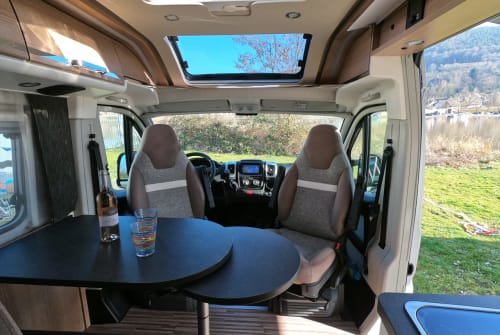 Hire a motorhome in Gelnhausen from private owners| Malibu Charming GT