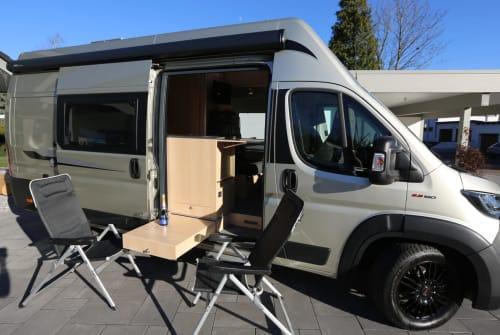 Hire a motorhome in Hünfelden from private owners| la strada AVANTI C - NEU