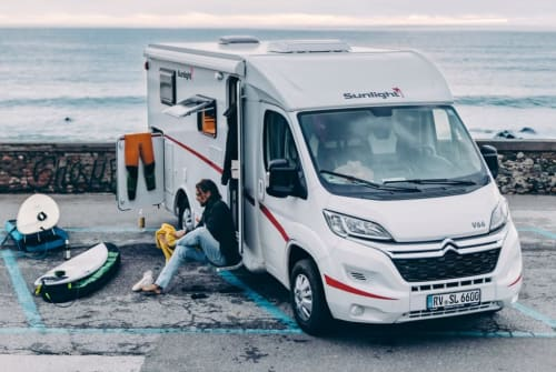 Hire a motorhome in Berlin from private owners| Sunlight Georg