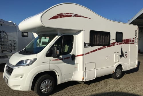 Hire a motorhome in Schriesheim from private owners  Rimor WoMo