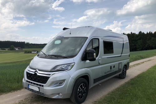 Hire a motorhome in Ebern from private owners| Pössl Summit All In