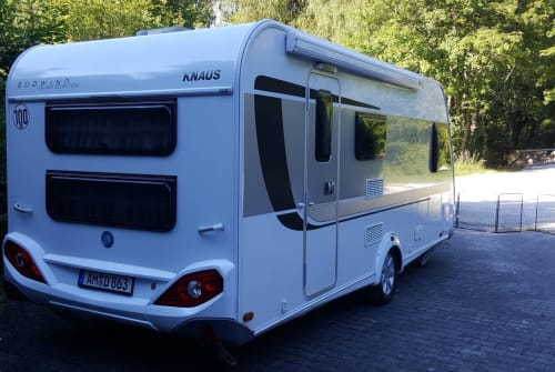 Hire a motorhome in Amberg from private owners| Knaus Silverstar