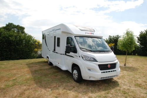 Hire a motorhome in Marienheide from private owners| Pilote P 746 GJ