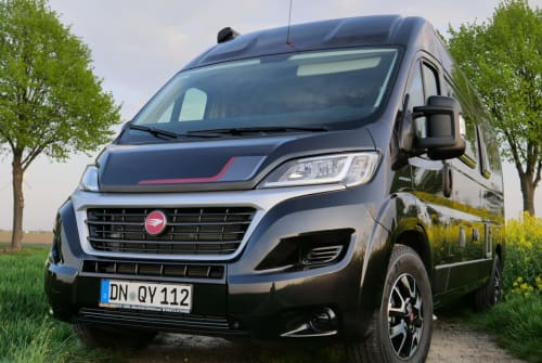 Hire a motorhome in Köln from private owners| Roller Team WeberMobil