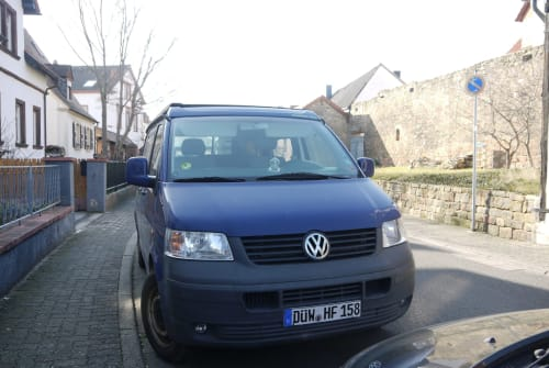 Hire a motorhome in Wachenheim an der Weinstraße from private owners| VW T5 TDI Campmobil
