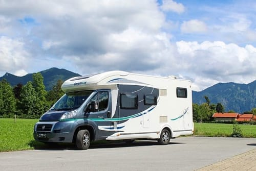 Hire a motorhome in Bannewitz from private owners| Fiat Hausschuh